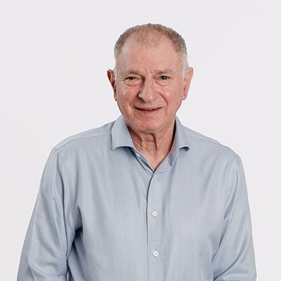 Dr Adrian Zentner